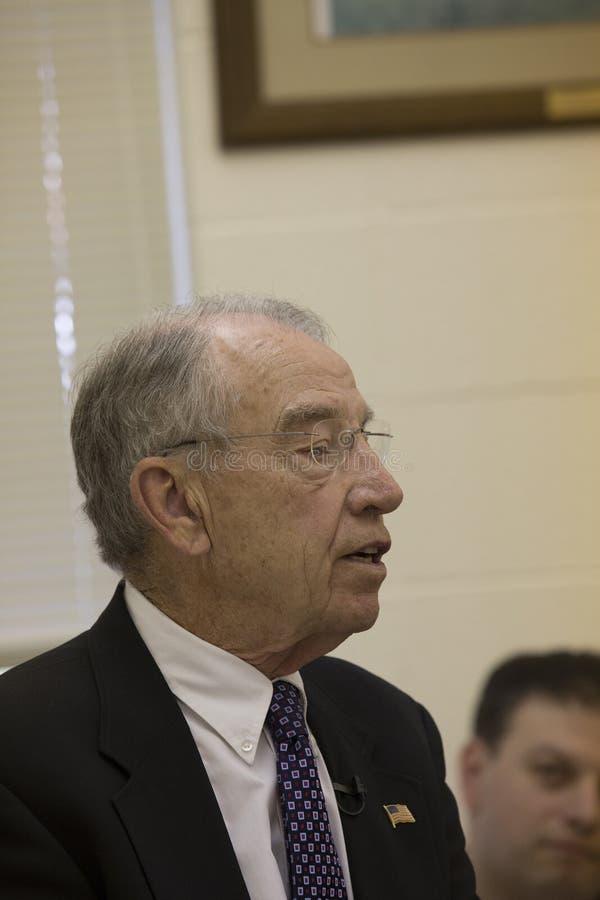 Tilltalar den judiciella ordföranden Charles Grassley för senaten konstituent royaltyfria foton