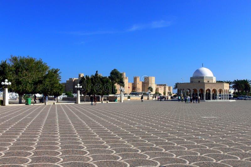 Tillträde till Habib Bourguiba Mausoleum arkivfoto