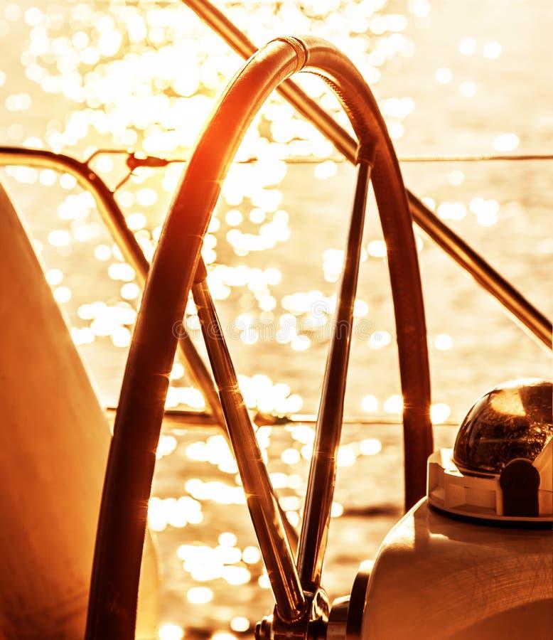 Timón del velero fotos de archivo
