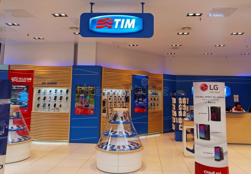 TIM sklep w Rzym, Włochy Telecom Italia wisząca ozdoba zdjęcia royalty free