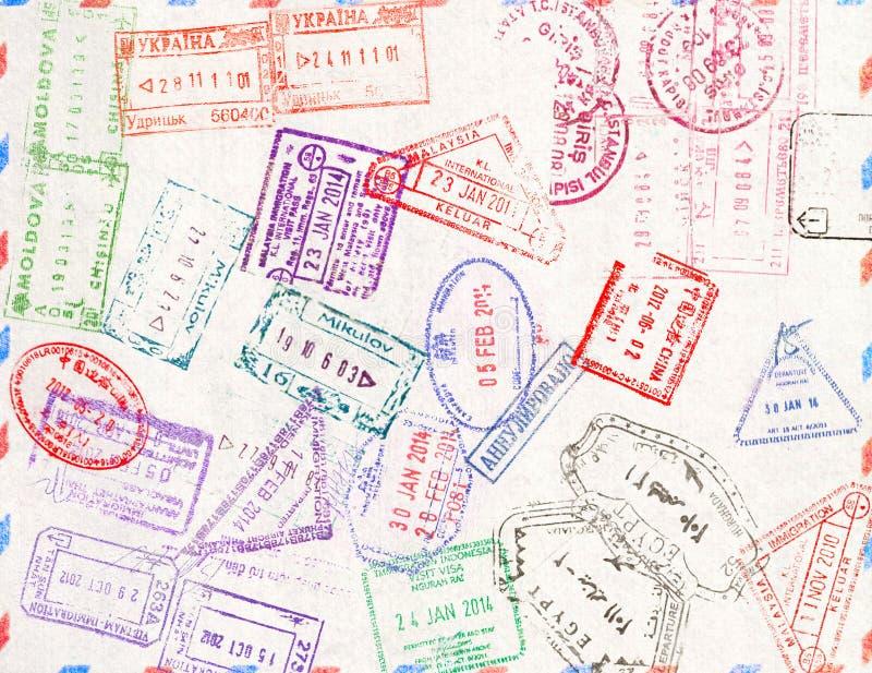 Timbre d'immigration en soient peuvent les estampilles de taille écaillées par résolution de passeport de perte d'image d'illustr photo libre de droits