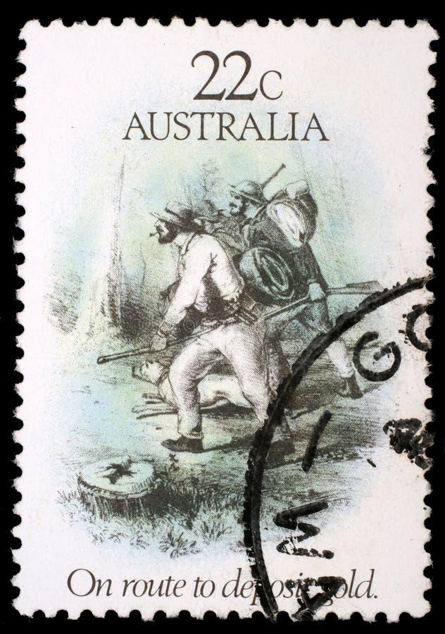 Timbre imprimé dans l'Australie consacrée à l'ère de fièvre de l'or photos libres de droits
