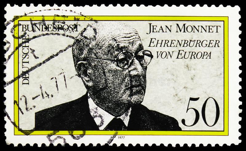 Timbre-poste imprimé en Allemagne montre Jean Monnet, Prix du citoyen de l'Europe Honneur à la série Jean Monnet, vers 1977 images stock
