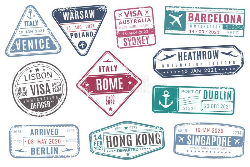 Timbres d'aéroport L'immigration de visa de passeport de voyage de cru est arrivée timbre avec la texture grunge Ensemble d'isole illustration libre de droits