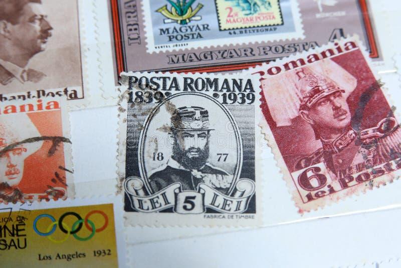 Timbres-poste, chefs célèbres de Roumain photos stock