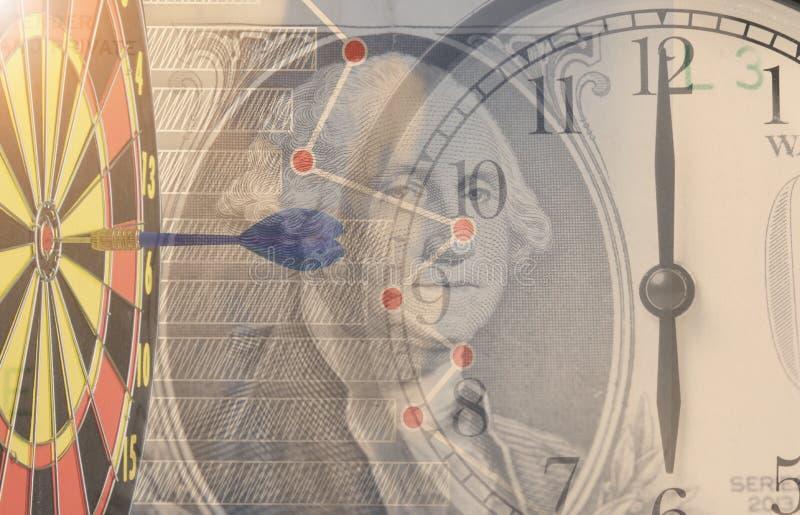 Time är pengar Ringklocka för dubbel exponering och dollarpengar arkivfoto