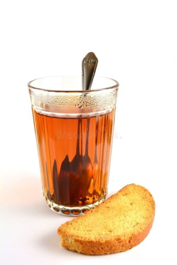 Time för te med ett torkat bröd royaltyfri bild
