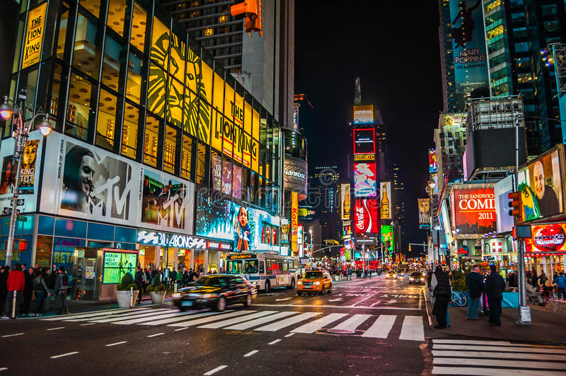 Time Square på Nigh arkivfoton