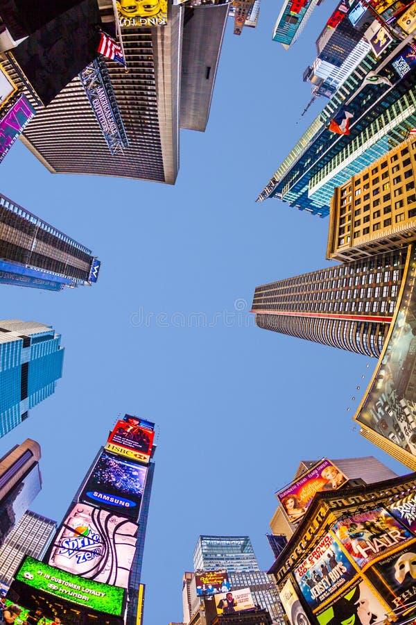 Times Square, που χαρακτηρίζεται με τα θέατρα και το τεράστιο αριθμό ο Broadway στοκ εικόνες με δικαίωμα ελεύθερης χρήσης