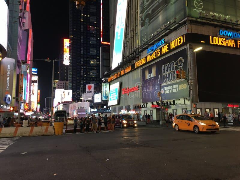 Download Times Square foto de archivo editorial. Imagen de abajo - 100525993
