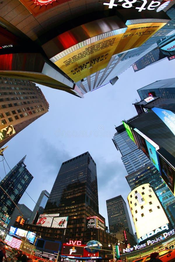 Download Times Square. De Stad Van New York Redactionele Stock Foto - Afbeelding bestaande uit financiën, standbeelden: 29502778