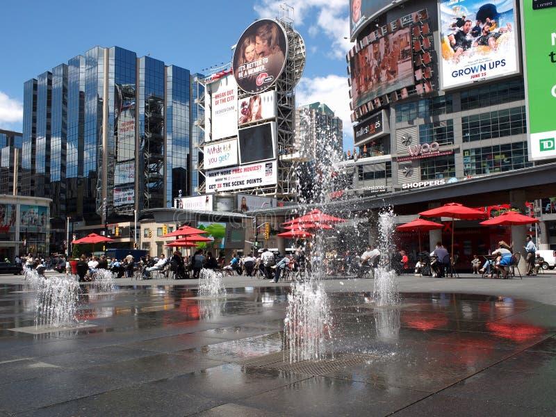 Times Square de Toronto images libres de droits