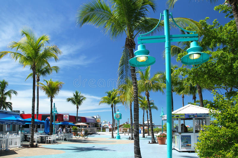 Restaurants In Times Square Fort Myers Beach
