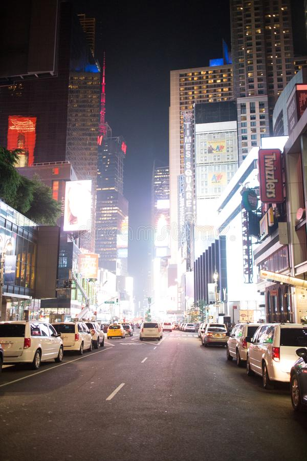 Times Square la nuit à Manhattan du centre, New York City photographie stock
