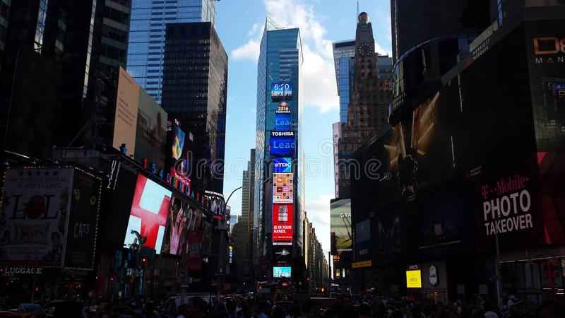 Timesquare newyork zaświeca weekendowych budynki fotografia royalty free