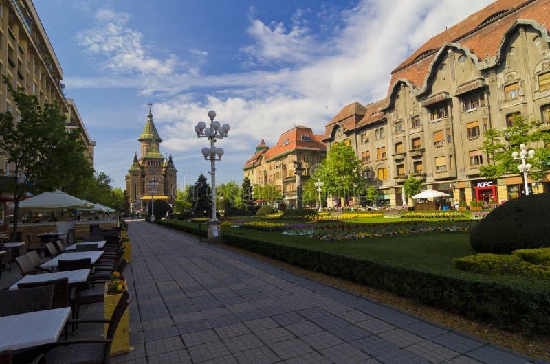 TIMISOARA RUMÄNIEN - den Timisoara ortodoxdomkyrkan fotografering för bildbyråer