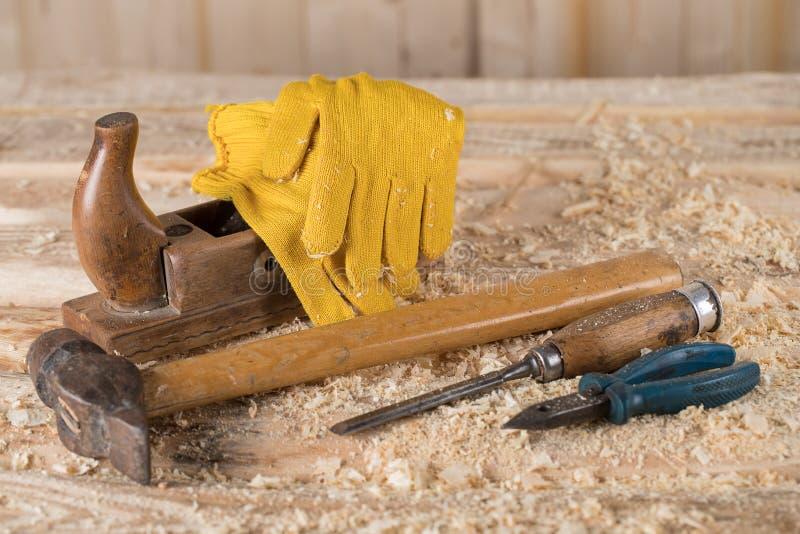 Timmerman Tools Het werken met hout stock foto's