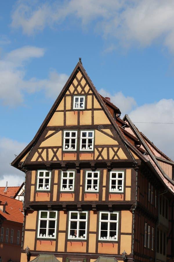 Timrade hus arkivfoton