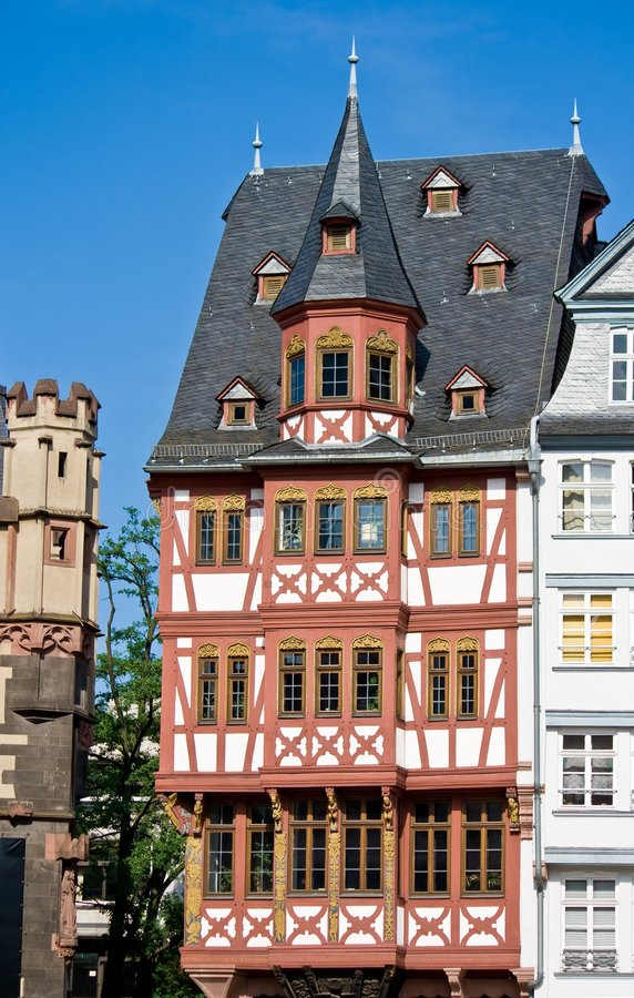 timrat frankfurt half hus arkivbilder