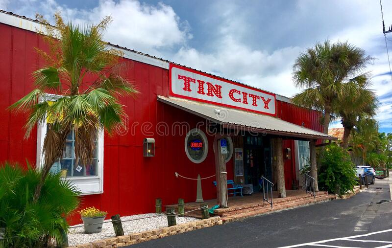 Tin City - the old town of Naples with many shops and restaurants. Florida, United States. Naples, Florida, USA - July 24, 2016: Tin City - the old town of stock photography
