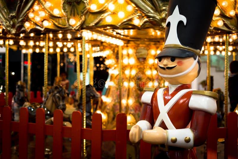 Tin Soldier i ett nöjesfält royaltyfri foto