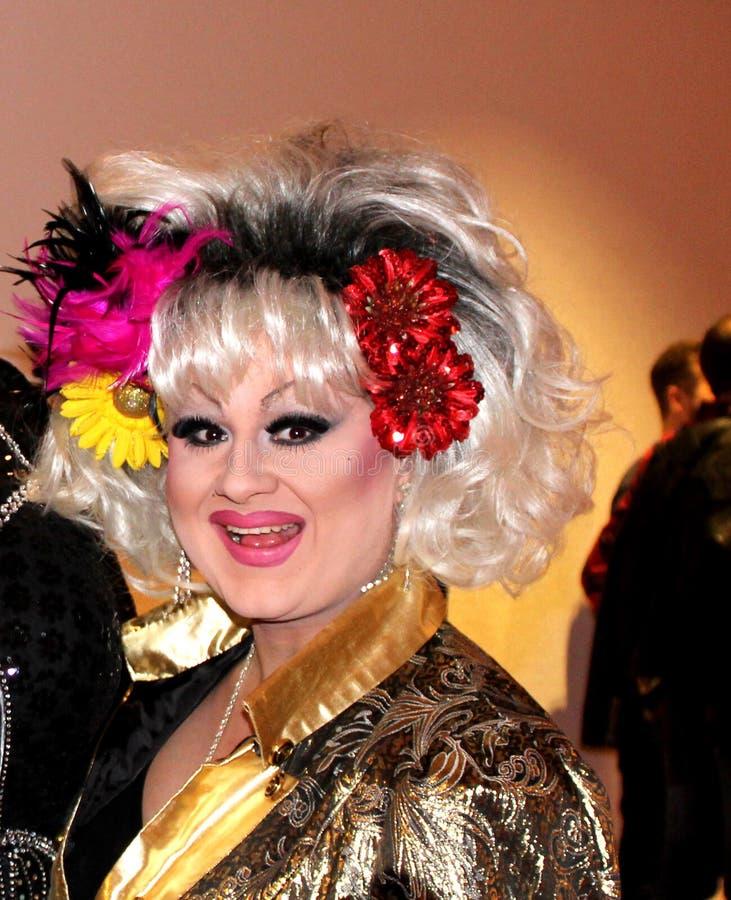 Tina Glamor, aus Stuttgart, Travestie de DragQueen photo stock