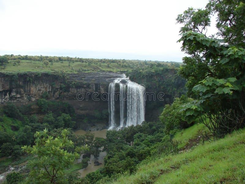 Tinchfall vattenfall Indore Indien royaltyfria foton