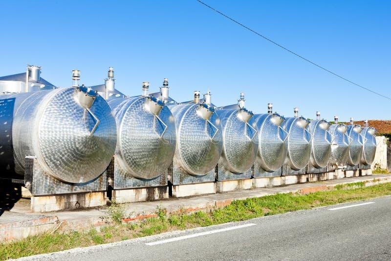 tini di fermentazione, Begadan, regione del Bordeaux, Francia fotografia stock libera da diritti