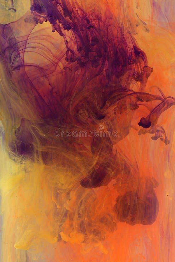 Tinta colorida en líquido foto de archivo