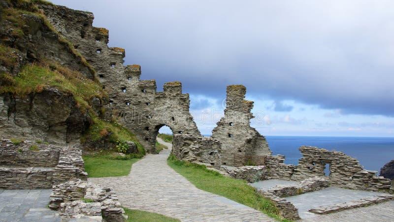 Tintagel城堡废墟在康沃尔郡 免版税库存照片