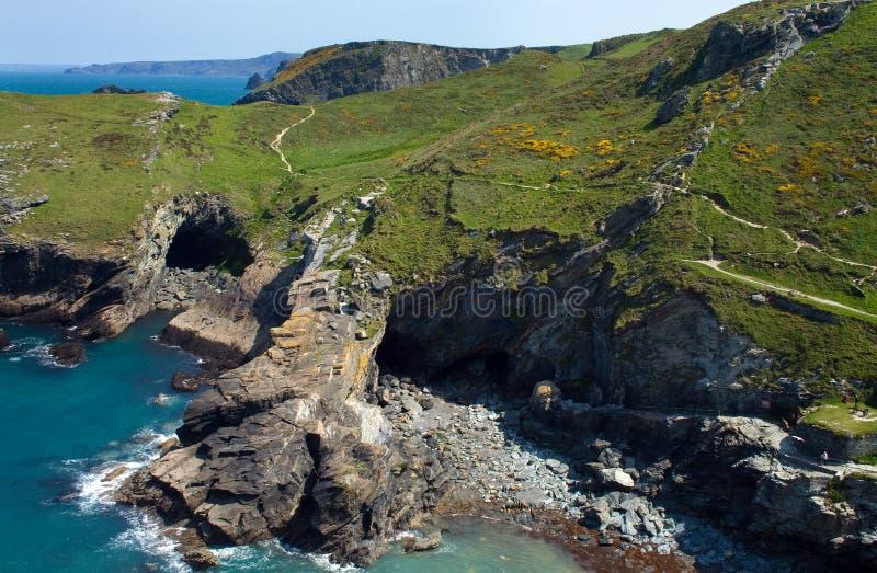 tintagel береговой линии стоковые фотографии rf