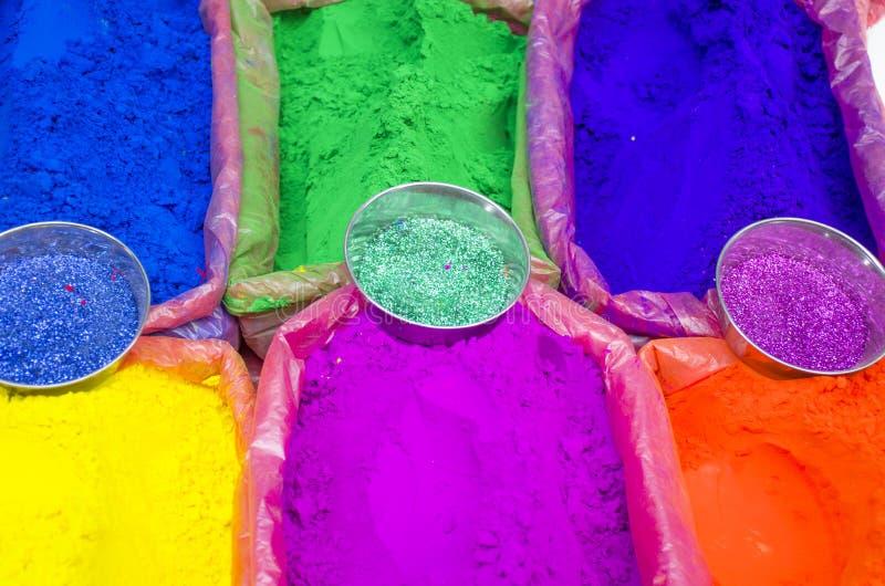 Tintas brilhantes para venda no mercado da Ásia fotos de stock royalty free