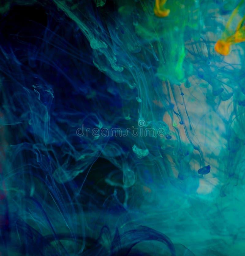 Tintas de fondo abstractas del color en agua fotos de archivo libres de regalías