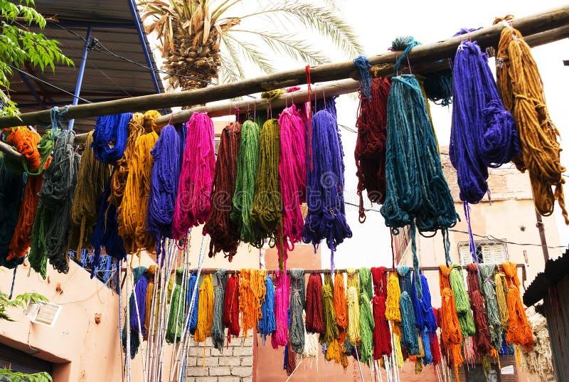 Tinte de materias textiles colorido típico fotografía de archivo libre de regalías