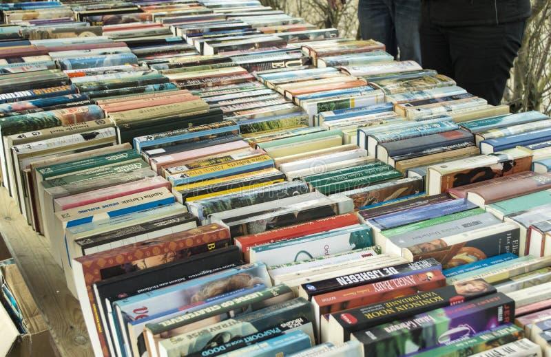 Livros no mercado do livro fotos de stock
