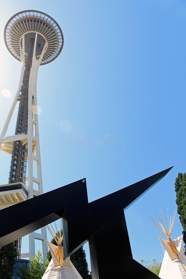 Tipi op het Centrum van Seattle met Ruimtenaald stock foto