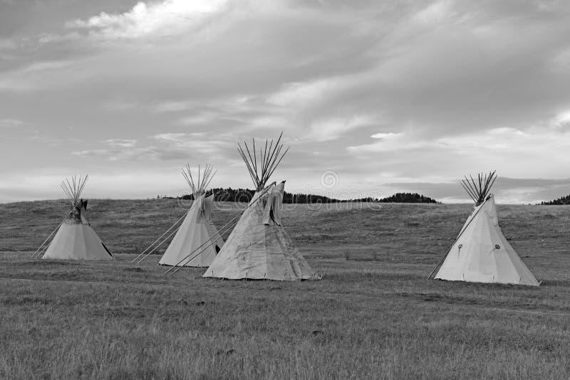 Tipi (tipi) zoals gebruikt door Grote Vlaktes Inheemse Amerikanen stock afbeeldingen