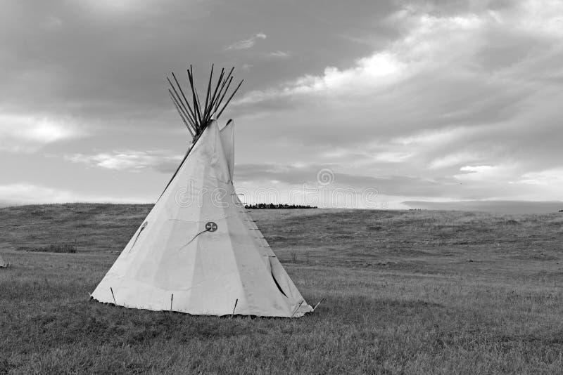 Tipi (tipi) zoals gebruikt door Grote Vlaktes Inheemse Amerikanen royalty-vrije stock fotografie