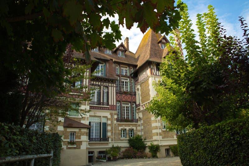 Tipical-Haus von Deauville Normandie stockfotografie