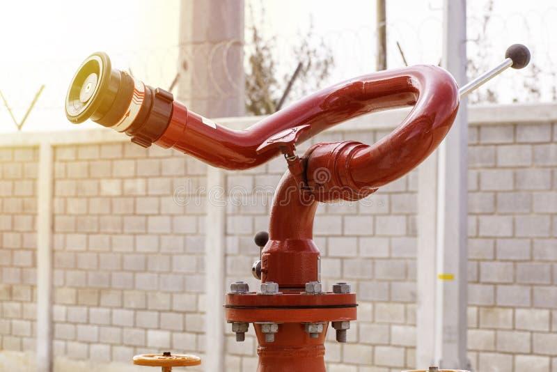 Tipo arma da boca de incêndio do sistema de proteção contra incêndios foto de stock royalty free