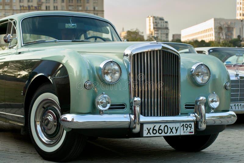 Tipo Continental de Bentley R (1954) na exposição imagem de stock