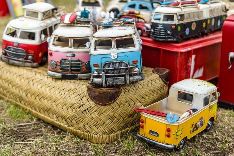Tipo de Volkswagen de los coches del juguete - T1 2 imagenes de archivo