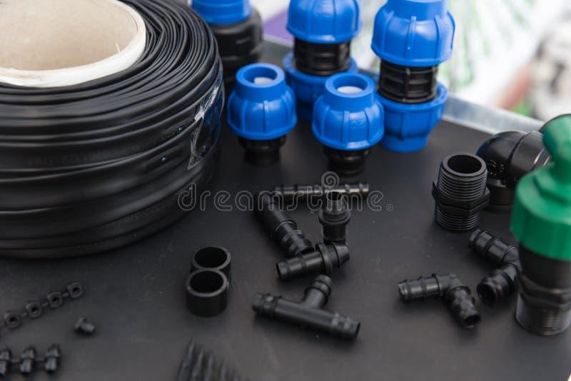 Tipo del separatore del connettore del tubo del PVC del sistema a acqua dell'azienda agricola di agricoltura vario fotografia stock libera da diritti