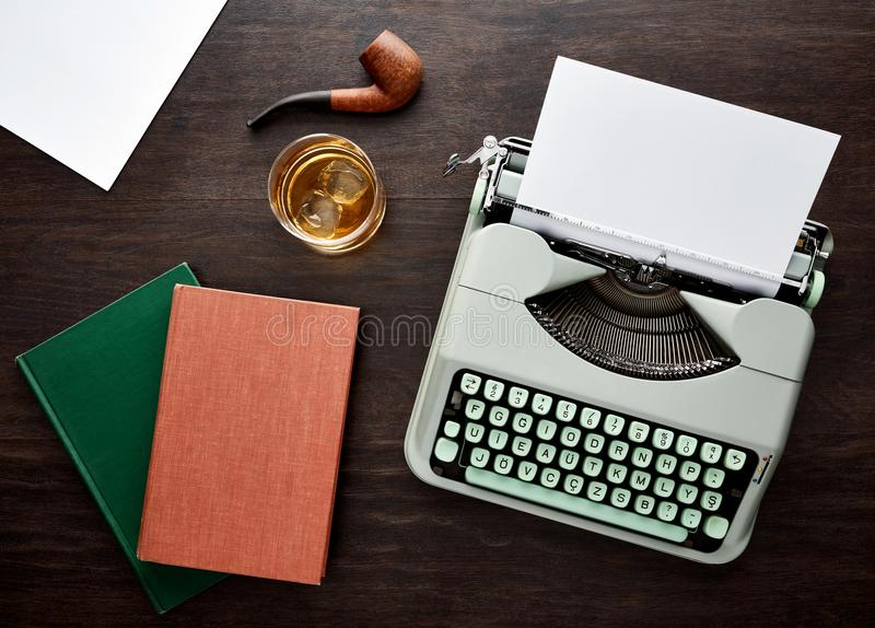Tipo máquina de escrever do vintage f fotografia de stock