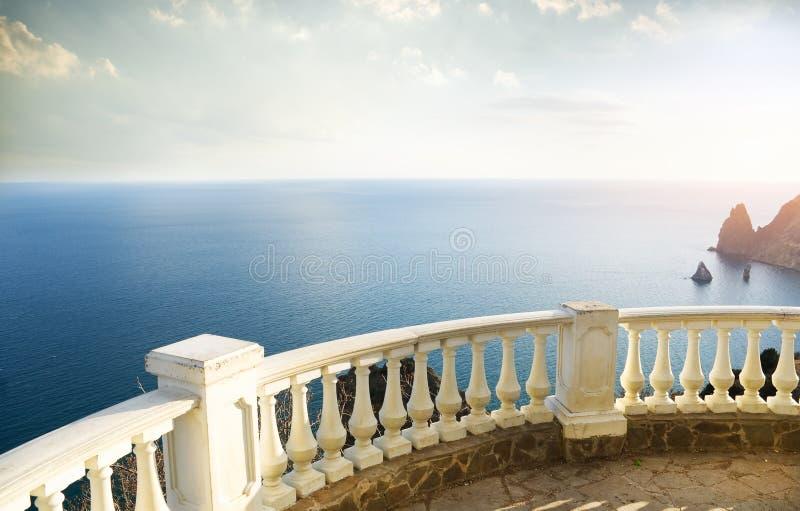 Tipo no oceano foto de stock royalty free
