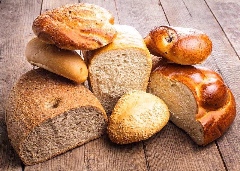 Tipos de pan imagenes de archivo