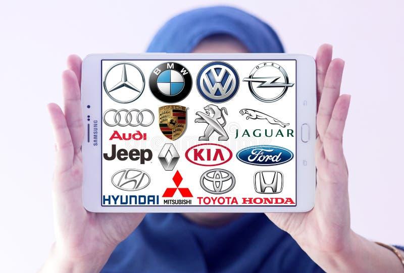 Tipos e logotipos do carro
