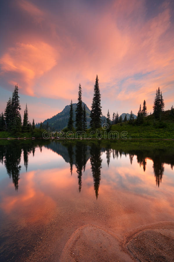 Free Tipsoo Lake Reflections In The Morning Royalty Free Stock Photo - 34969115