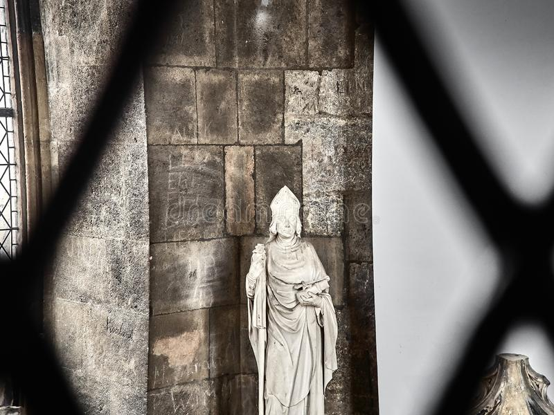 Tiré d'une statue dans la cathédrale de St Stephans photographie stock