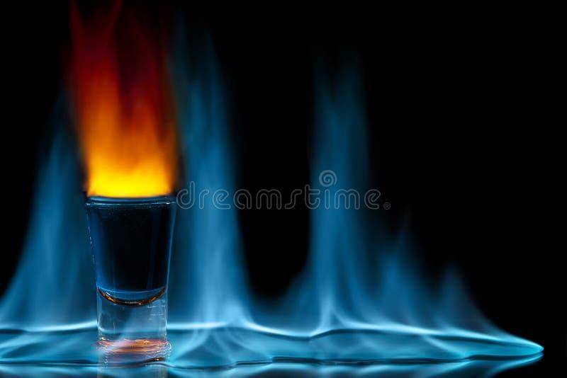 Tiré sur l'incendie images stock